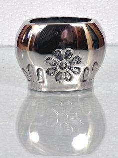 Vases :  write us  - talk.merchandiser@gmail.com for More detail & Full catalogue