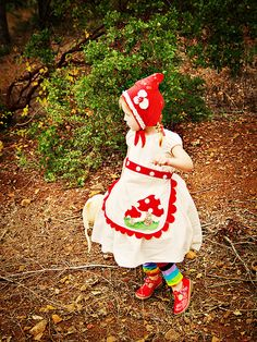 Adorable gnome costume!