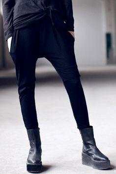 #Romwe Hanging Crotch Loose Black Pants