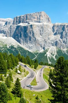 Descending Passo Sella, you can see a nice view of Gruppo Sella.