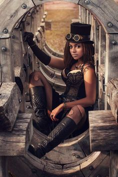 Women's Guide to Steampunk Clothing & Fashion Dressing up is fun, and steampunk incorporates some of the best elements of dress-up, especially for wome Steampunk Cosplay, Steampunk Mode, Arte Steampunk, Steampunk Accessoires, Style Steampunk, Victorian Steampunk, Steampunk Clothing, Steampunk Fashion, Gothic Fashion
