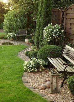 Beautiful Gravel Garden Design Ideas For Side Yard And Backyard. Gorgeous Side Yard Garden Design Ideas For Your Beautiful Home[. Cheap Landscaping Ideas, Front Yard Landscaping, Landscaping Design, Mulch Landscaping, Country Landscaping, Garden Design Ideas On A Budget, Garden Design Plans, Patio Design, Garden Ideas