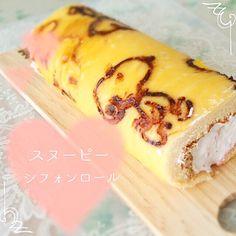 桜央里's dish photo 富士子さんの   モノグラム柄のロールケーキ   でスヌーピー http://snapdish.co #SnapDish #レシピ #ケーキ #お花見 #お誕生日