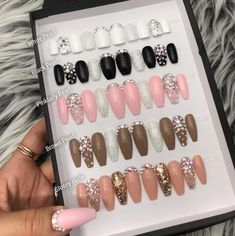Beautiful White with glitters, pearl, crystal accent Press On Nails, Shown image: Long Coffin Shape -Each set contains 10 false nails (see attached s Glue On Nails, Glitter Nails, Cute Nails, Pretty Nails, Hair And Nails, My Nails, Nail Sizes, Ballerina Nails, Pearl Set