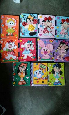 Escuela Tapas, Alphabet, Paper Crafts, Birthday, Disney, Decorated Notebooks, Packaging, Jars, Custom Notebooks