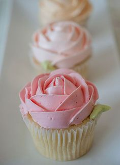 cupcakes by bobbette and belle: Buttercream Rose, Roses, Flower Cupcakes, Cup Cake, Rose Cupcakes, Pink Rose, Pretty Cupcake