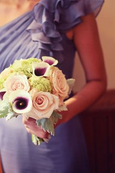 calla lily bouquet. dress by B2.