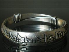 Tibetan Silver Buddhism Buddhist Buddha Om Mani Padme Hum Charm Bangle Bracelet EB2025 on Etsy, $4.97