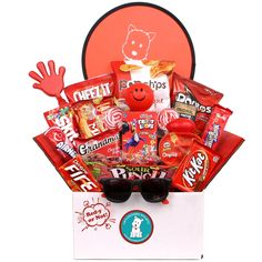 Send them a gift whether they're Red-y or Not with this fun care package full of red packaged snacks and treats! They will love the great combination of favorite and traditional items, along with some delicious choices that are sure to become new faves. Cute Birthday Gift, Birthday Gifts For Best Friend, Diy Birthday, Homemade Birthday, Birthday Wishes, Themed Gift Baskets, Birthday Gift Baskets, Raffle Baskets, Boyfriend Gift Basket