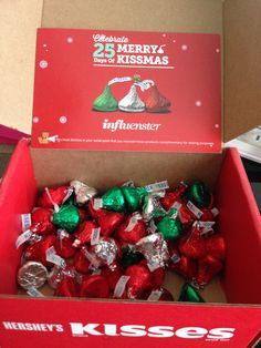 Kiss and Boxes on Pinterest