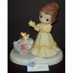Disney Precious Moments Figurine - Dressed For A Happily Ever After