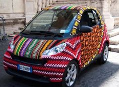 funny crochet car knitting on imgfave Crochet Car, Learn To Crochet, Guerilla Knitting, Winter Tyres, Crochet Humor, Funny Crochet, Weaving Textiles, Smart Car, Yarn Bombing