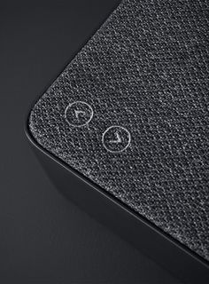 Copenhagen is a minimalist bluetooth loudspeaker created by the Danish studio design-people for the sound systems manufacturer Vifa.Simple to use and portable, the piece can work wirelessly or connect to your devices through a mini-jack or USB port. All the buttons and controls are carefully hidden to achieve the clean, uncluttered look. Here is how designers describe their approach: