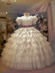 Worn by Vivien Leigh in Gone With the Wind, this is a replica of the gown worn by Scarlett in the film's opening scene. It is frequently referred to as the Prayers Dress.