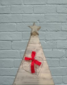 Christmas Tree (recycled wood pallets)
