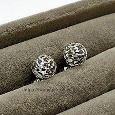 #ホワイトゴールド,#whitegold,#whitegoldjewelry,#whitegoldearrings,#ホワイトゴールドピアス Diamond Earrings, Jewelry, Jewlery, Jewerly, Schmuck, Jewels, Jewelery, Diamond Drop Earrings, Fine Jewelry
