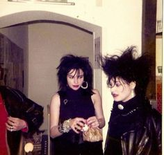 French Punk Culture Seen in Awesome Vintage Snapshots 80s Goth, 80s Punk, Punk Goth, Rock Outfits, Emo Outfits, Outfits For Teens, Teens Clothes, Vintage Goth, Moda Punk