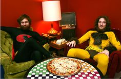 Galactic Pizza - awesome costumes & organic pizza