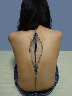 Extremely Unsettling Body Paint Art