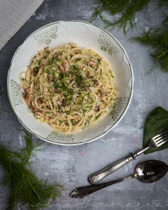 Smoked salmon and fennel spaghetti
