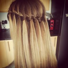 Waterfall braid blonde hair  #waterfallbraid #blonde #hair #braid