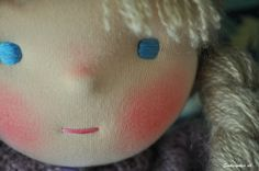 waldorf doll; great facial features, nice round eyes; fine yarn hair; cute nose and simple mouth (one stitch!)