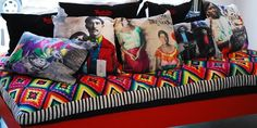 Cool to have a mexican bench with lots of mexican personalities Frida,Zapata,Diego etc on pillows.
