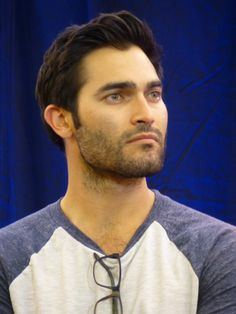 Tyler Hoechlin @ Teen Wolf Con 2 in Paris - Teen Wolf Dylan, Teen Wolf Cast, Dylan O'brien, Tyler Hoechlin, Victoria Moroles, Charlie Carver, Superman Movies, Tv Show Casting, Dylan Sprayberry