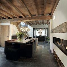Contemporary dining room design ideas for rustic ceiling House Design, Interior, Dining Room Design, Vintage Interior Design, House Interior, Rustic Dining Room, Contemporary Dining Room Design, Rustic Ceiling, Rustic House