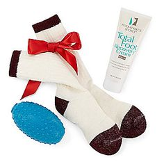 Pamper a loved one or even yourself with the Foot Soothing Gift Set!