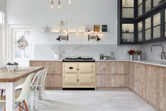 The iconic AGA range cooker has won the coveted Design Classic award at the 2016 Designer Kitchen & Bathroom Awards.