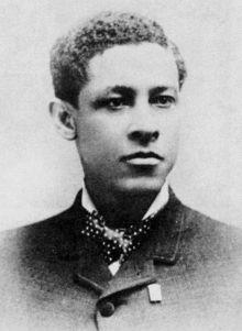 Jan Ernst Matzeliger -Jan Ernst Matzeliger (Paramaribo, 15 september 1852 - Lynn (Massachusetts), 24 augustus 1889) was een Surinaamse uitvinder.  Matzeliger werd in 1852 aan de Cotticarivier geboren. Hij staat te boek als de uitvinder van de schoenstikmachine.  Wikipedia