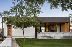 Link - Modern spec infill home in the Pierson Place Historic District in Phoenix, Arizona