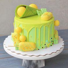 Icing Cake Design, Drip Cakes, Cake Decorating, Birthday Cake, Cooking Recipes, Desserts, Food, Tailgate Desserts, Deserts