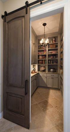 Puertas corredizas que se verán perfectas en casas pequeñas http://cursodeorganizaciondelhogar.com/puertas-corredizas-que-se-veran-perfectas-en-casas-pequenas/