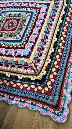 Ravelry: Fairytales CAL (starts Sept) - free crochet blanket pattern by Iman van der Kraan / Haaksteek Designs Crochet Mandala Pattern, Crochet Square Patterns, Crotchet Patterns, Crochet Blanket Patterns, Crochet Afghans, Crochet Blankets, Crochet Square Blanket, Crochet Squares, Crochet Blocks