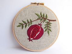 pomegranate embroidery, hoop frame ||| DIY, wall & door decor