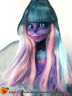 Peach Daydreams — this lovely Custom River Stixx Monster High Doll...