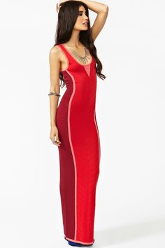 Nothing like a sexy red maxi dress for hot summer nights!
