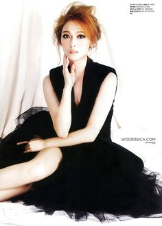"My ""why yes I'd like to be the Black Swan in this dress"" dress. SNSD's Jessica"