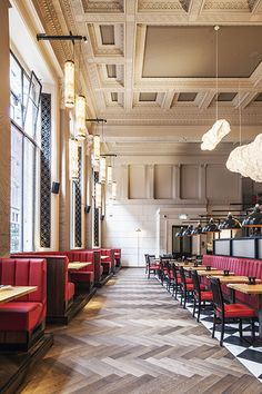 Burger & Lobster, Threadneedle Street, London restaurant interior design by DesignLSM. Photography (c) James French Photography