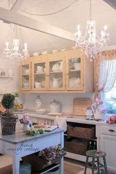 FRENCH COUNTRY COTTAGE: Little cottage dressed for Summer~ kitchen