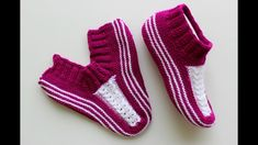 New crochet socks baby hobbies Ideas Knitted Slippers, Crochet Poncho, Crochet Slippers, Easy Crochet, Knitting Socks, Baby Knitting, Crochet Baby Shoes, How To Make Handbags, Baby Booties