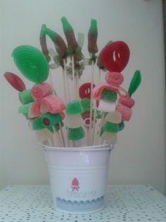 2012-05-25 16.15.26 Planter Pots, Valentines, Diy, Cake, Food, Ideas, Food Art, Goodies, Meals