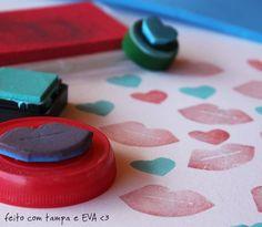 Carimbos com tampa + desenho recortado em EVA...