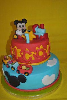 Mickey Mouse Topolino Cakes #topolinocakes #mickeymousecake