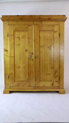 Trend Antiker Kleiderschrank Kirsche ca Antique Wardrobe restored s Antike M bel Antique Furniture Pinterest Antique wardrobe and Wooden