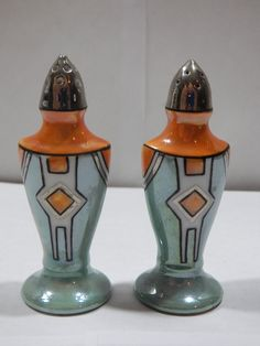 Vintage Lustreware Made in Japan Salt Pepper Shakers Green Orange