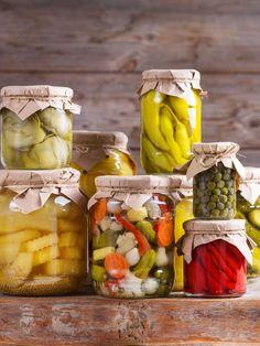 Dokonalí utopenci. Jak je naložit krok za krokem i s lákem Fermented Foods, Pickles, Cucumber, Dairy, Cheese, Red Peppers, Pickle, Zucchini, Pickling