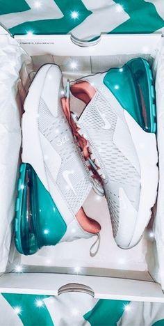 Cute Nike Shoes, Cute Nikes, Cute Sneakers, Shoes Sneakers, Vans Shoes, Nike Tennis Shoes, Jordan Shoes Girls, Girls Shoes, Shoes Women